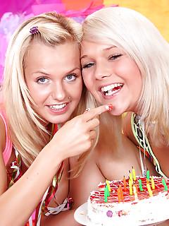 Lesbian Piercing Pics