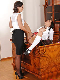 The sultry amia moretti gets playfully naughty - 2 part 3
